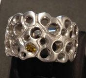 """Ring """" Luft """" aus 585 Weißgold mit gelbem Brillant"""